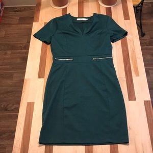 Green T-Shirt Sleeve Dress W/ Zippers